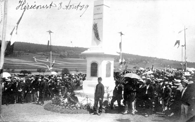 hericourt-le-monument-de-1870-inauguration-le-8-aout-1909-852.jpg