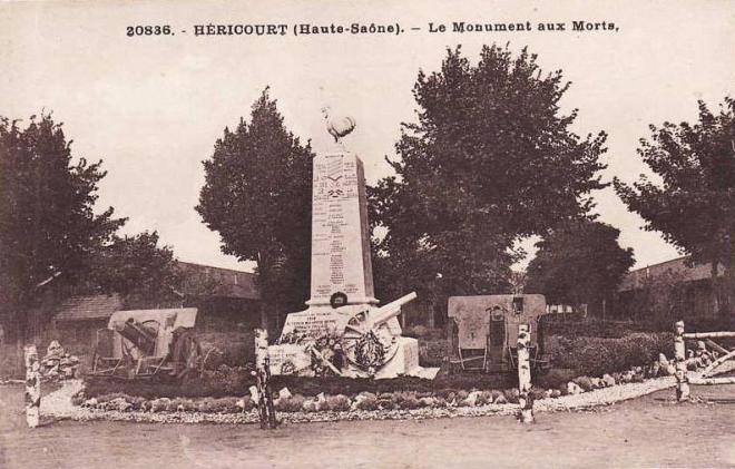 hericourt-le-monument-du-47ieme-ra-vers1920.jpg