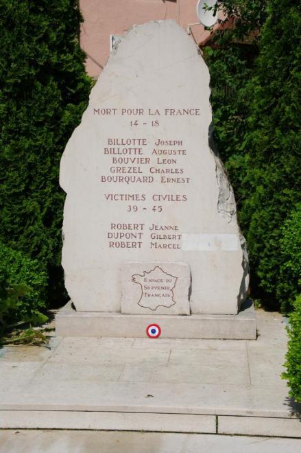 villers-sur-saulnot-monument-3385-vue-d-ensemble.jpg